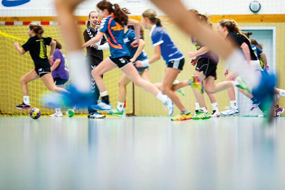 Handball – Jugendliche Übungsleiter – Magazin SCHULE ONLINE
