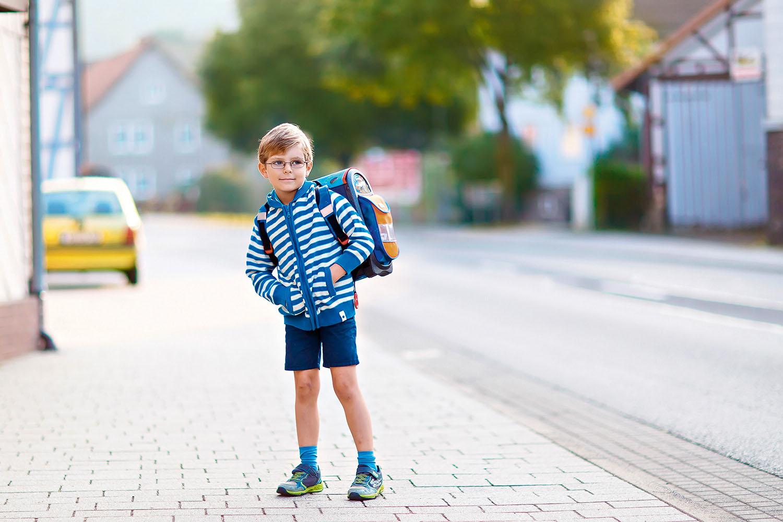 Gefährlicher Schulweg durch Elterntaxis – Magazin SCHULE ONLINE